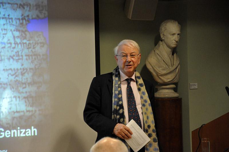 RAS President Dr Gordon Johnson introduces our speaker