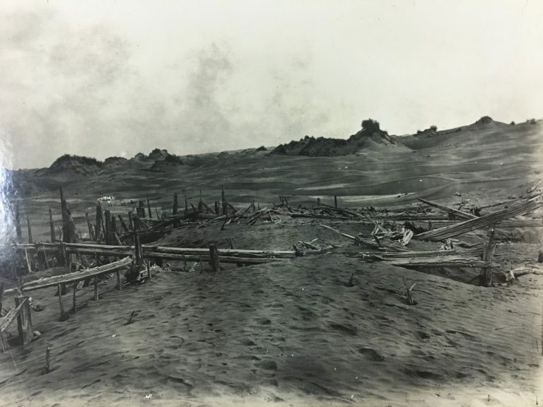 Ruins of residence N. III, Niya site, seen from south-east before excavation, 1901 – reproduced in 'Ancient Khotan' (1907)