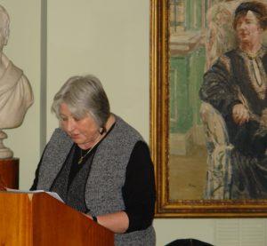 Dr Elaine Wright