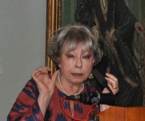Dr Rosie Llewellyn-Jones MBE