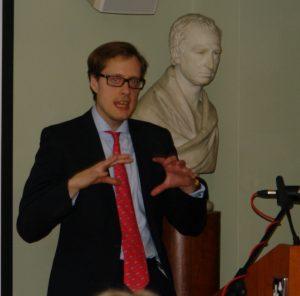 Dr Peter Webb